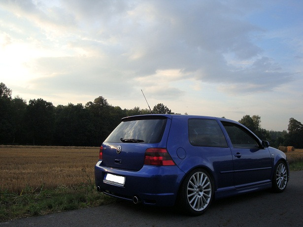 Volkswagen Golf R32 18 OZ 5
